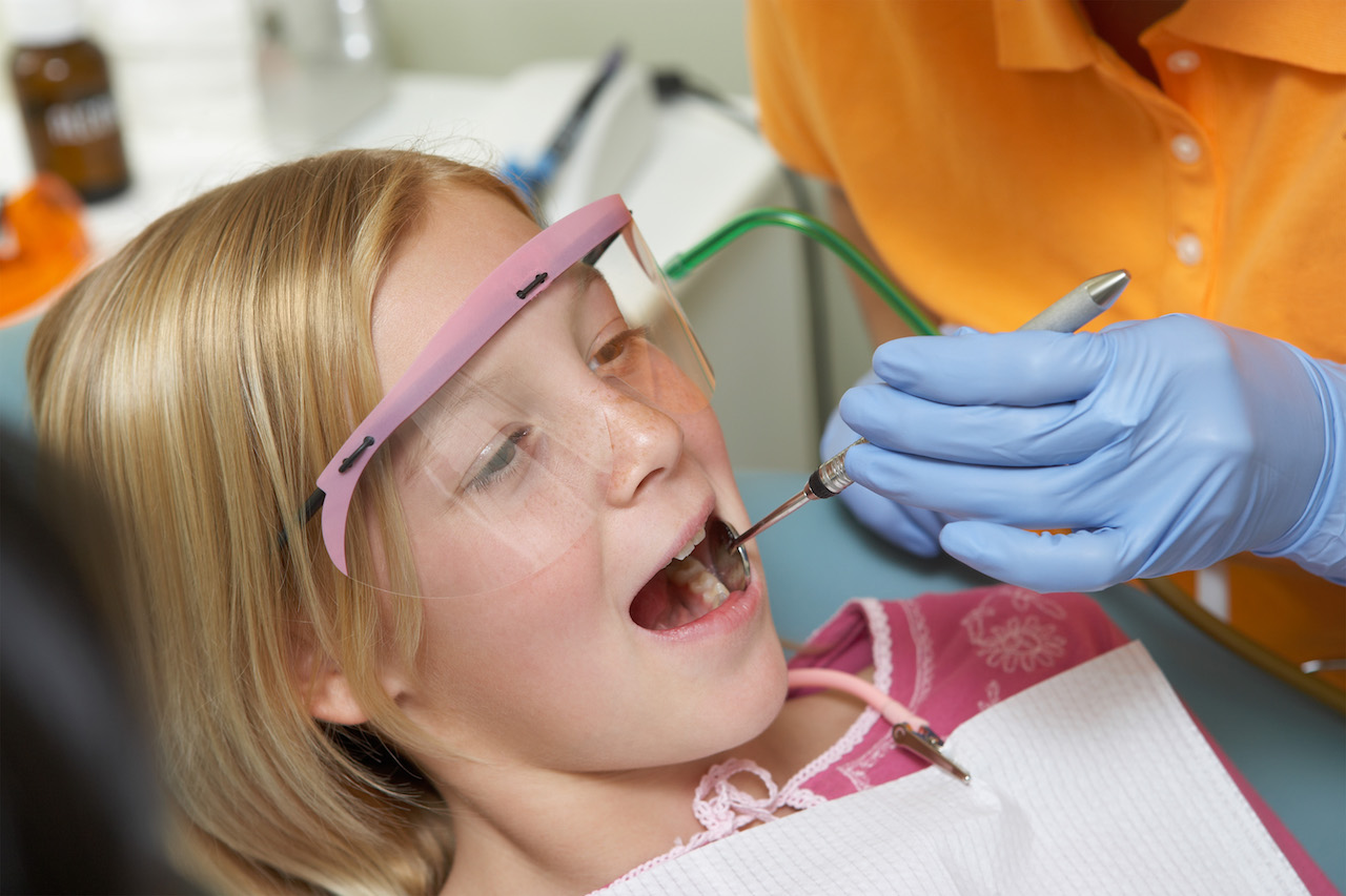 Soins dentaires de l'enfant