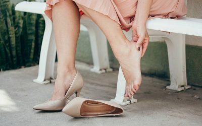 Pied déformé, douloureux : quelle chaussure choisir ?