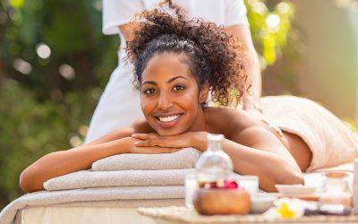 Comment bien choisir son huile et sa table pour son cabinet de massage ?
