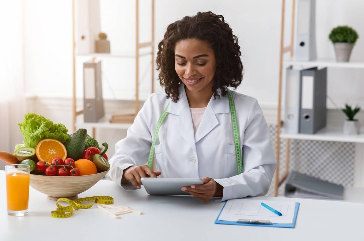 praticien nutrithérapeute