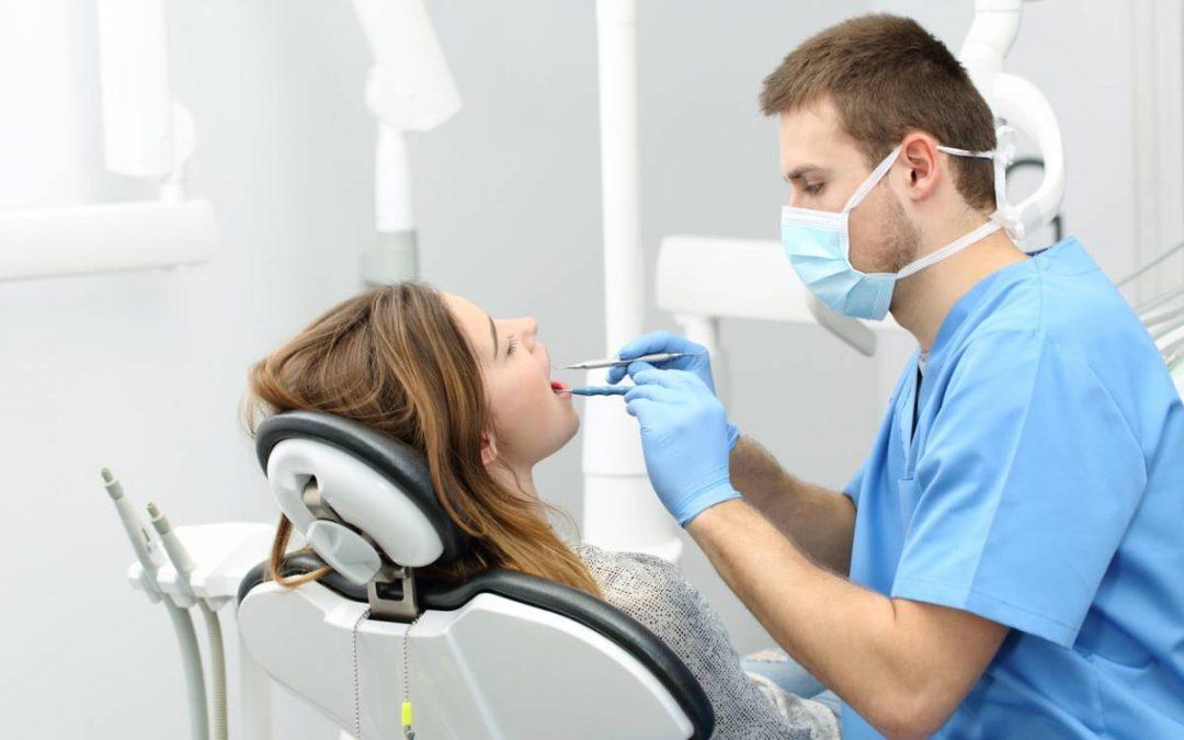 Les soins dentaires sont-ils vraiment mal remboursés ?